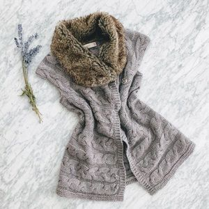 ZARA Faux Fur Collar and Wool Knit Sweater Vest